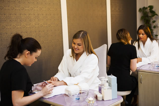 Manicures_at_The_Buff_Day_Spa